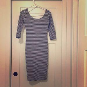 Beautiful stripped dress!
